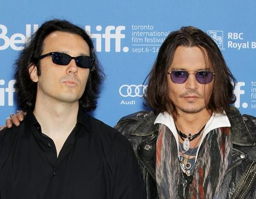 Damien Echols and Johnny Depp. Who's copying who?