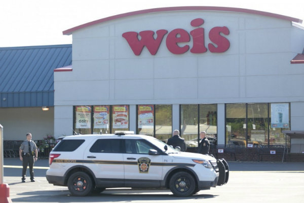 Columbiner kills three in Pennsylvania supermarket before killing self
